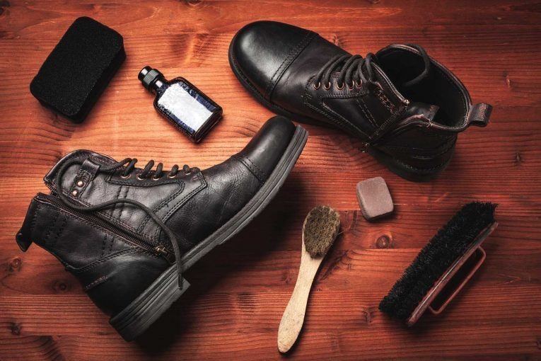 Remove-scratches-from-leather-boots