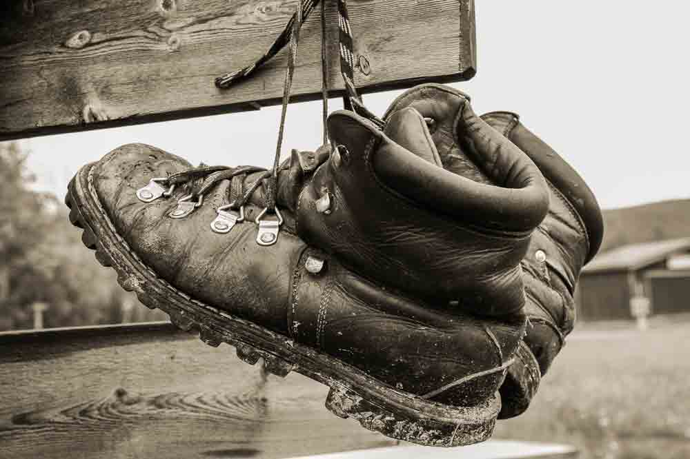 how to dry-wet-work-boots