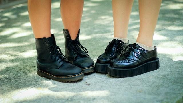 prevent heel slippage