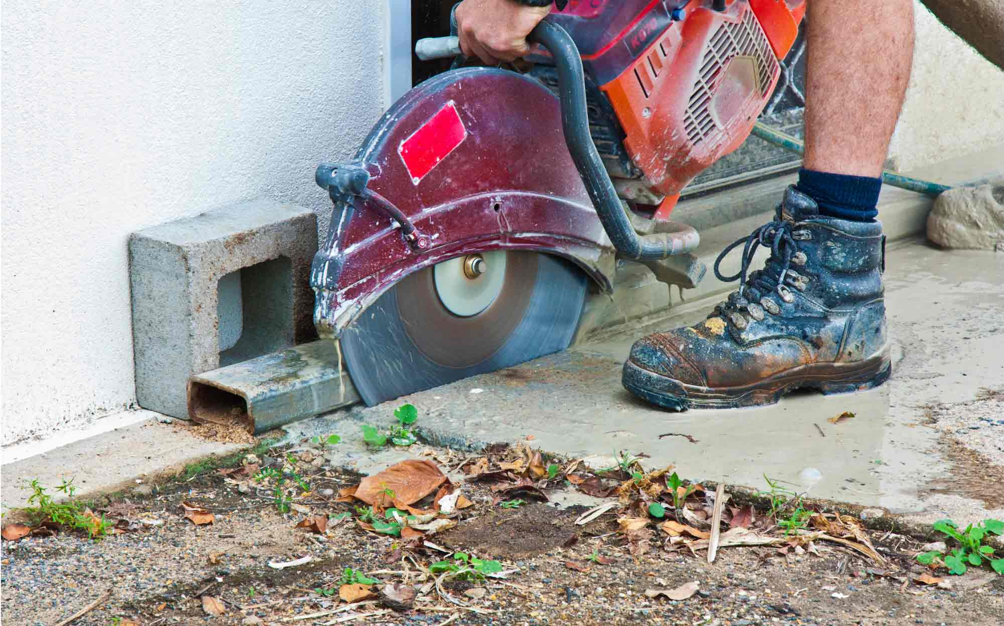 Top 5 Picks For The Best Work Boots For Concrete Floors
