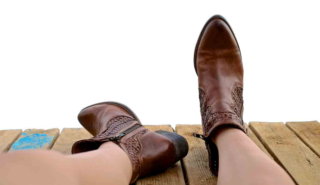 diy-solutions-to-condition-leather-boots