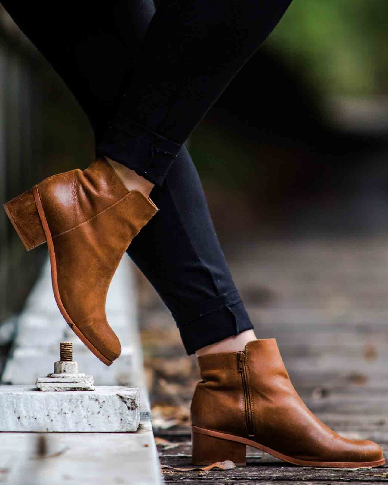 8449b3e2a1e Frye Boots Sizing and Fit Guide: Achieve All-Day Comfort | BOOTMOODFOOT