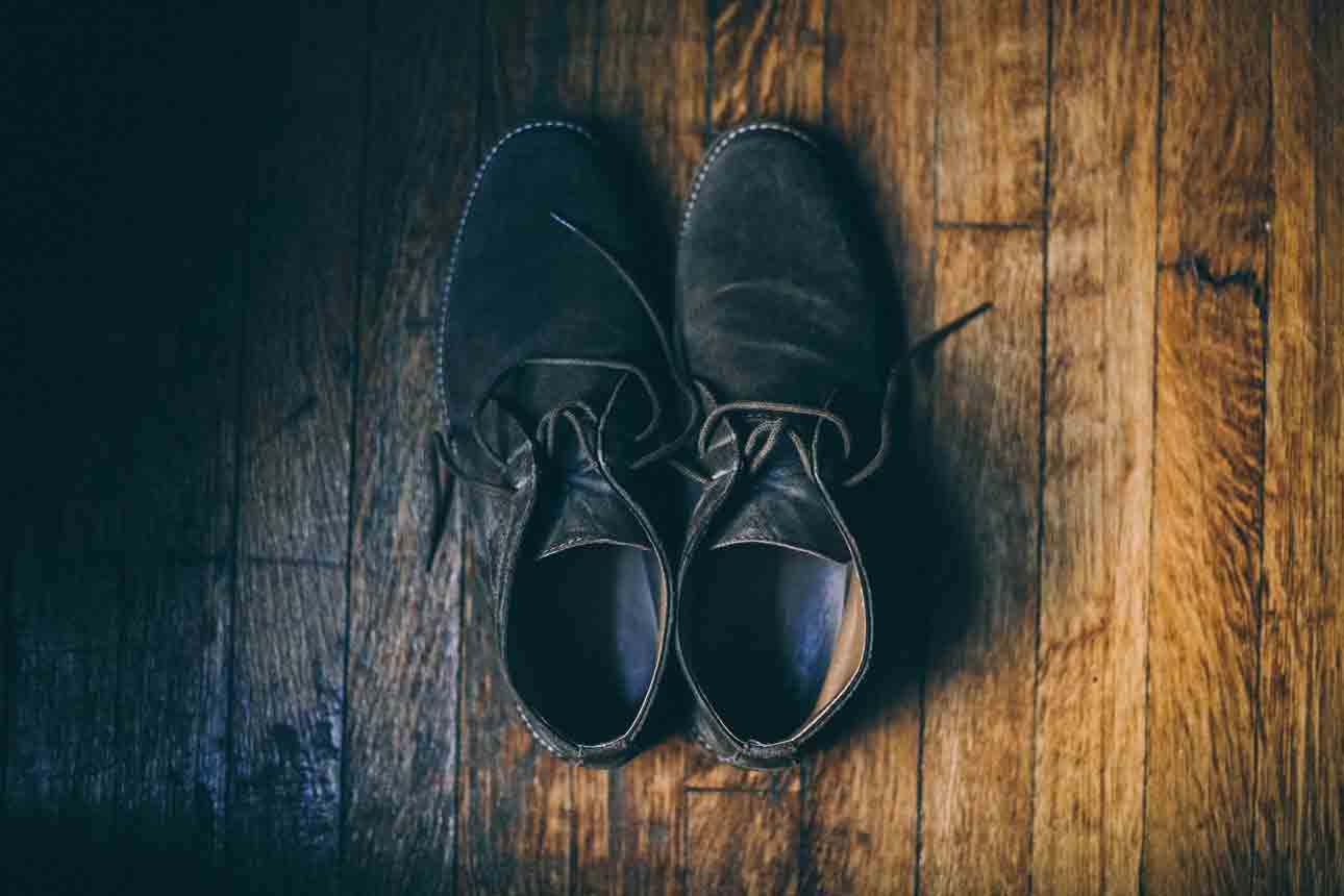 How should clarks desert boots fit