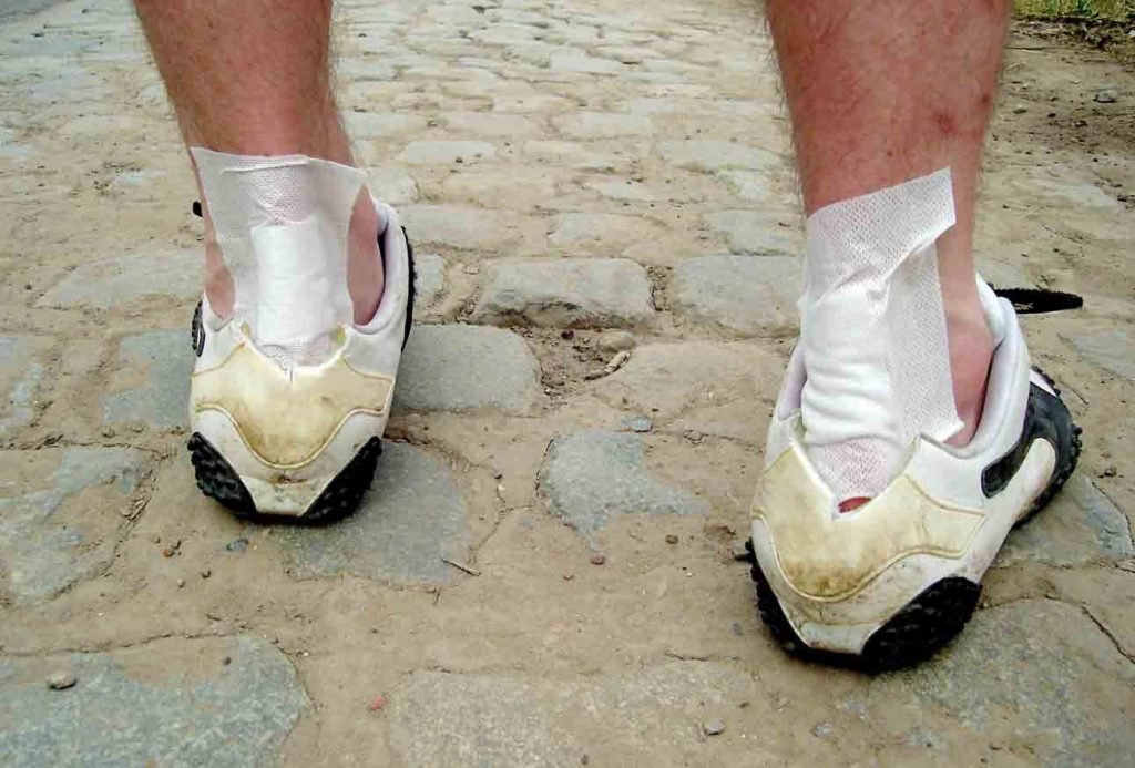 sneakers for cheap 32922 c0c60 How to Stop Shoes from Rubbing the Back of Your Ankle