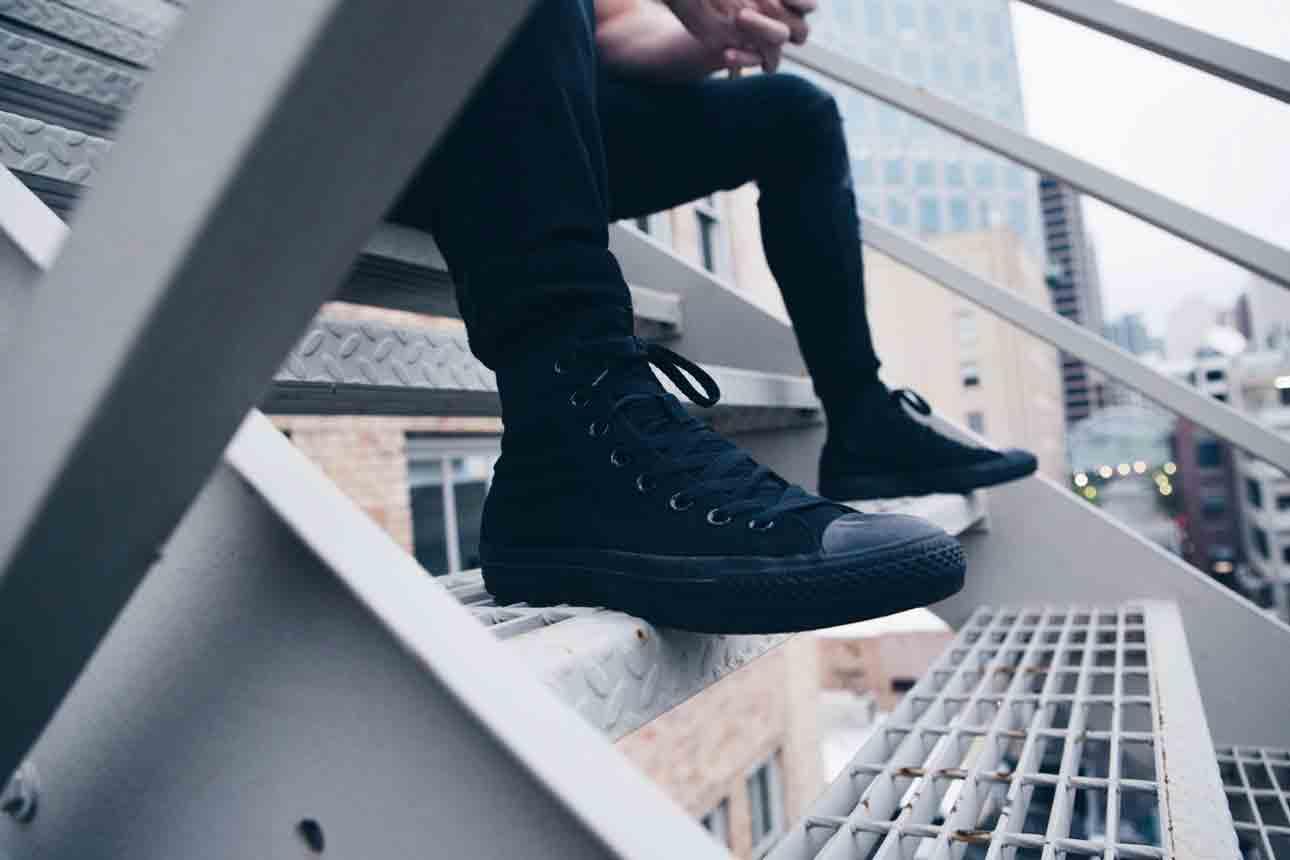 a comfortable non slip restaurant shoe