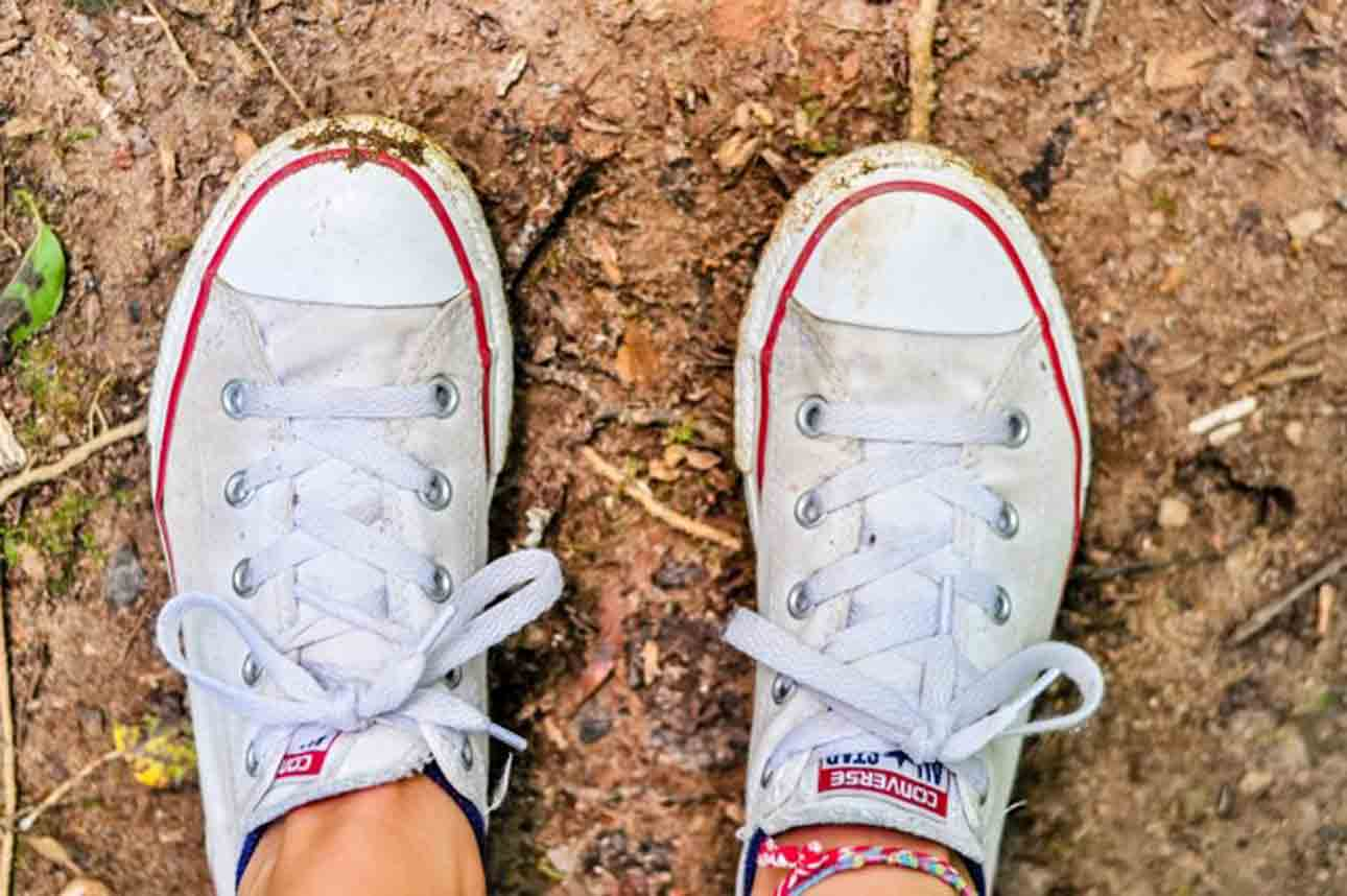 learn how to Get Tar off Shoes