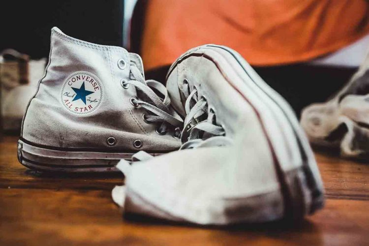 Remove-Yellow-Bleach-Stains-From-White-Shoes