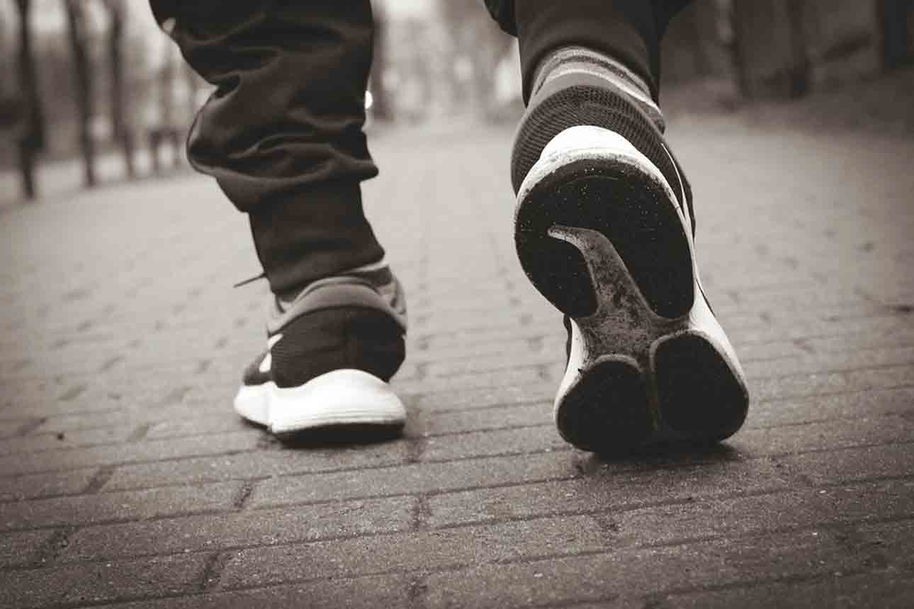 man walk with Best Shoes for Narrow Feet
