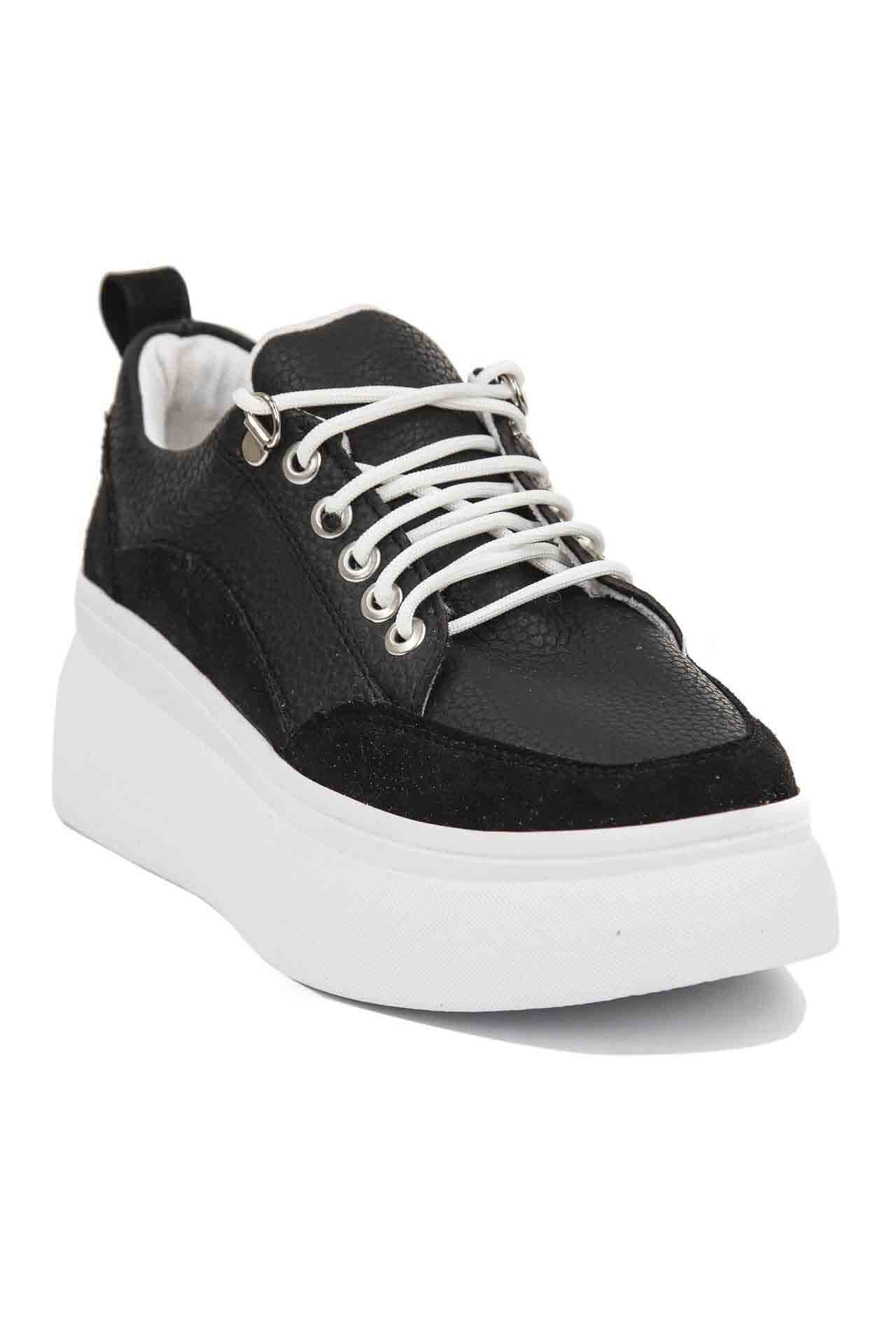 what are rocker bottom shoes